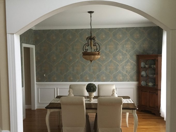 What is damask wallpaper?